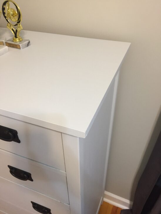 dresser makeover | painted furniture | fusion mineral paint | furniture makeover | shaker style | furniture redo|